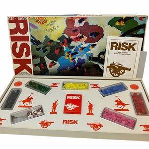 VTG 1975 RISK Board Game Parker Brothers COMPLETE